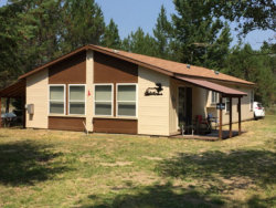 Photo of 216 Mcleod Lane, Donnelly, ID 83615 (MLS # 525962)