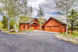 Photo of 342 Discovery Drive, Donnelly, ID 83615 (MLS # 527085)