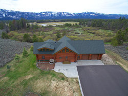Photo of 13213 Kokanee Drive, Donnelly, ID 83615 (MLS # 528154)
