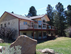 Photo of 116 Par Drive, Cascade, ID 83611 (MLS # 528789)