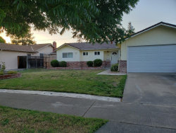 Photo of 1445 Willowmont AVE, SAN JOSE, CA 95118 (MLS # ML81757268)