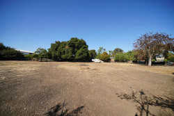 Photo of 1062 Runnymede ST, EAST PALO ALTO, CA 94303 (MLS # ML81797286)