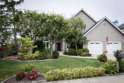 Photo of 618 Highland AVE, HALF MOON BAY, CA 94019 (MLS # 81654456)