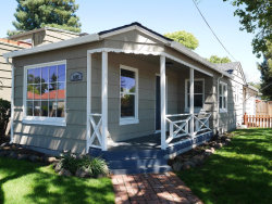 Photo of 1105 Oak AVE, REDWOOD CITY, CA 94061 (MLS # 81656296)