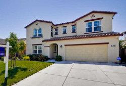 Photo of 658 San Gabriel AVE, MORGAN HILL, CA 95037 (MLS # 81657073)