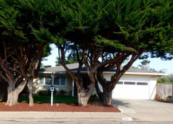 Photo of 335 Virginia AVE, MOSS BEACH, CA 94038 (MLS # ML81674697)