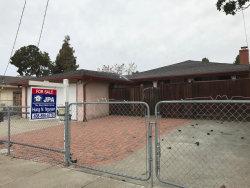 Photo of 1535 Kavanaugh DR, EAST PALO ALTO, CA 94303 (MLS # ML81688300)