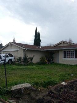 Photo of 837 Gateview DR, SAN JOSE, CA 95133 (MLS # ML81689505)