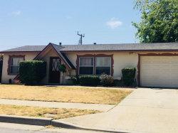 Photo of 734 Los Coches AVE, SALINAS, CA 93906 (MLS # ML81711402)
