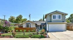 Photo of 335 Pineview DR, SANTA CLARA, CA 95050 (MLS # ML81722163)