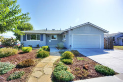 Photo of 350 Smithwood ST, MILPITAS, CA 95035 (MLS # ML81724718)