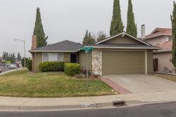 Photo of 197 Woodland WAY, MILPITAS, CA 95035 (MLS # ML81726532)