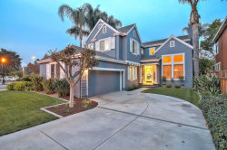 Photo of 1433 Sandringham WAY, SAN JOSE, CA 95126 (MLS # ML81731129)