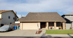 Photo of 932 Treasure LN, MANTECA, CA 95337 (MLS # ML81754713)