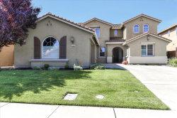 Photo of 1540 Oaktree LN, STOCKTON, CA 95209 (MLS # ML81755716)