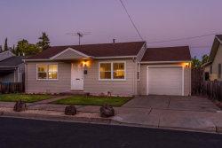 Photo of 34 Manzanita ST, REDWOOD CITY, CA 94063 (MLS # ML81759985)