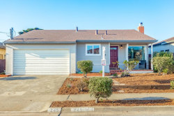Photo of 245 Shoreview AVE, PACIFICA, CA 94044 (MLS # ML81768222)