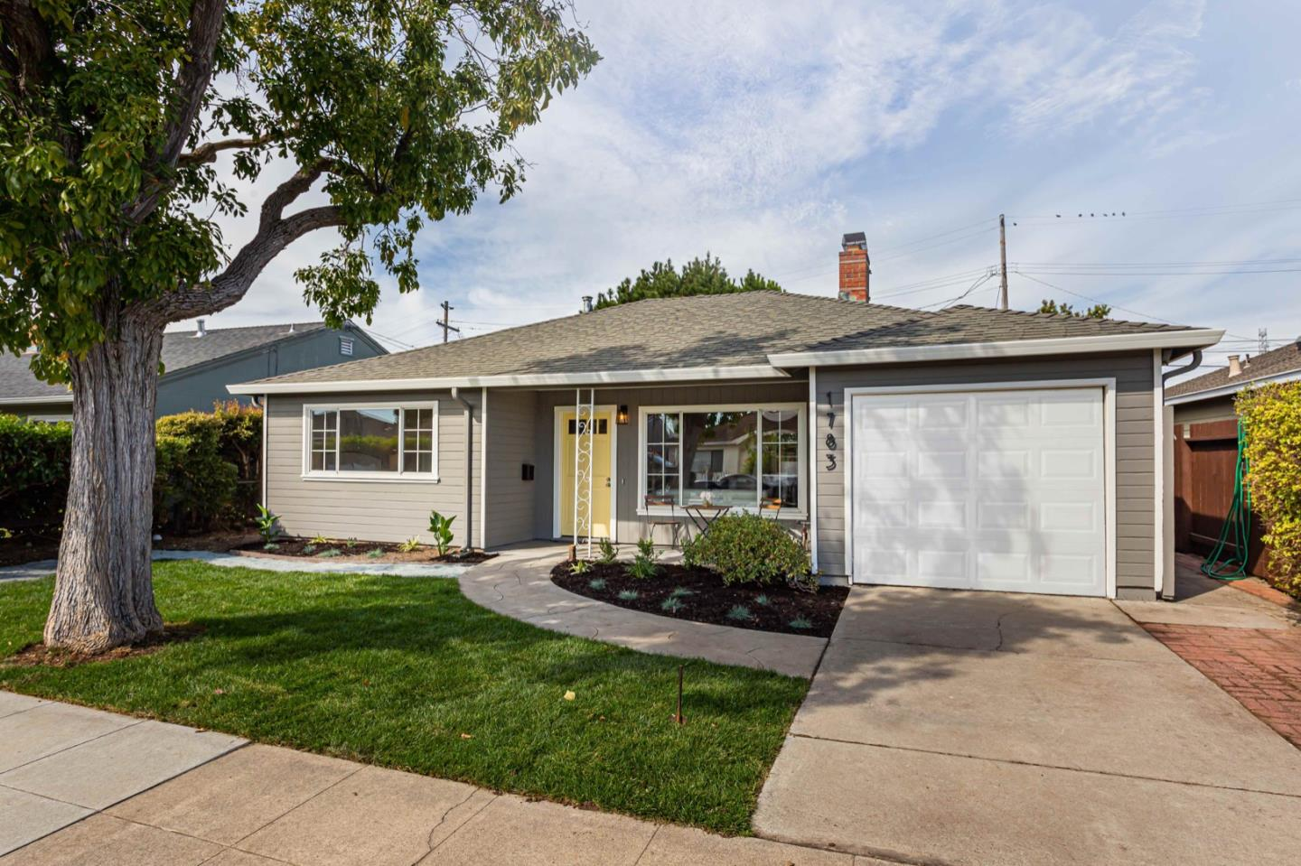 Photo for 1783 Cottage Grove AVE, SAN MATEO, CA 94401 (MLS # ML81771864)