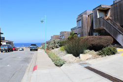 Photo of 125 Surf WAY 333, MONTEREY, CA 93940 (MLS # ML81772490)