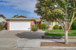 Photo of 20141 Apple Tree LN, CUPERTINO, CA 95014 (MLS # ML81773367)