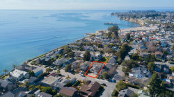 Photo of 111 Oakland AVE, CAPITOLA, CA 95010 (MLS # ML81784703)