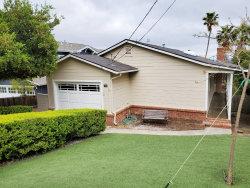Photo of 158 Rockridge RD, SAN CARLOS, CA 94070 (MLS # ML81790841)