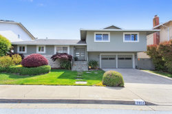 Photo of 1051 Crestview DR, SAN CARLOS, CA 94070 (MLS # ML81793950)