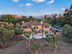 Photo of 6475 Vineyard Estates DR, HOLLISTER, CA 95023 (MLS # ML81817104)