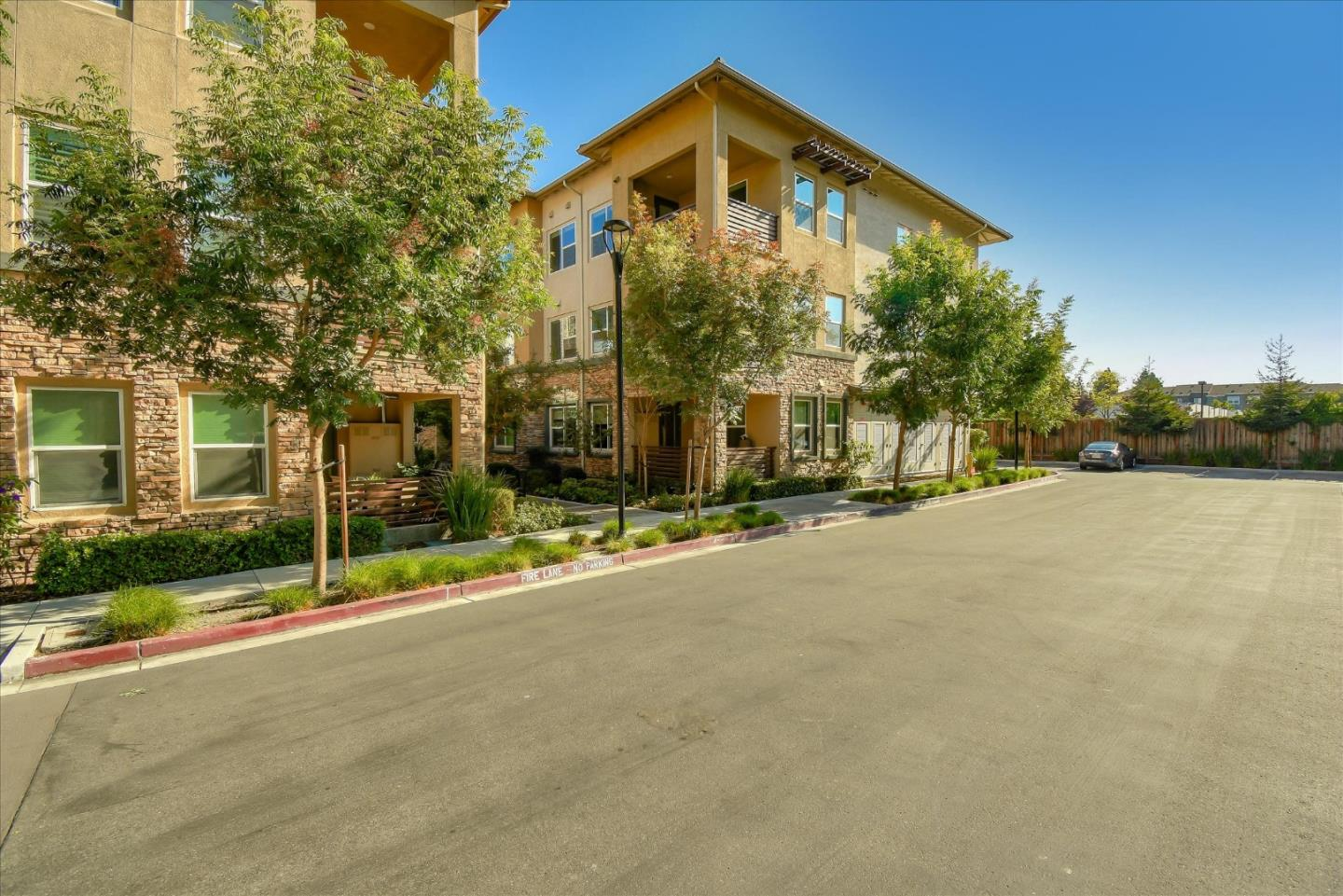 Photo for 1110 Karby TER 301, SUNNYVALE, CA 94089 (MLS # ML81817960)