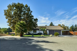 Photo of 40 Beverly DR, HOLLISTER, CA 95023 (MLS # ML81821756)