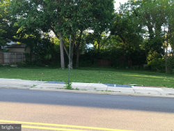 Photo of 328-330 E Franklin, Hagerstown, MD 21740 (MLS # MDWA165004)