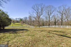 Photo of 10212 Hunter Valley ROAD, Vienna, VA 22181 (MLS # VAFX1003394)