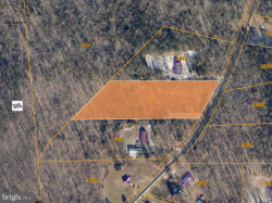 Photo of 98 Cropp ROAD, Fredericksburg, VA 22406 (MLS # VAST215380)