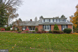 Photo of 1128 Colonial ROAD, Lancaster, PA 17603 (MLS # 1000091888)