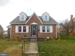 Photo of 786 Pacific AVENUE, York, PA 17404 (MLS # 1000095918)
