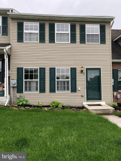 Photo of 88 Fiddler DRIVE, New Oxford, PA 17350 (MLS # 1000101444)