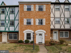 Photo of 6333 Paddington LANE, Centreville, VA 20120 (MLS # 1000127088)