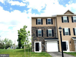 Photo of 10 Holstein DRIVE NW, Unit 5, Hanover, PA 17331 (MLS # 1000139386)