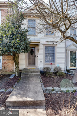 Photo of 6526 Skylemar TRAIL, Centreville, VA 20121 (MLS # 1000139878)