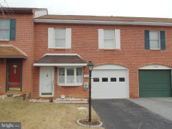 Photo of 17938 Golf View DRIVE, Hagerstown, MD 21740 (MLS # 1000140124)