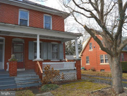 Photo of 1136 Willow Street PIKE, Lancaster, PA 17602 (MLS # 1000192284)