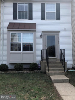 Photo of 43133 Gatwick SQUARE, Ashburn, VA 20147 (MLS # 1000222790)