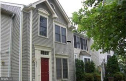 Photo of 6923 Compton LANE, Centreville, VA 20121 (MLS # 1000260354)