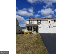 Photo of 584 Daisy DRIVE, New Holland, PA 17557 (MLS # 1000284358)
