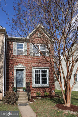 Photo of 918 Smartts LANE NE, Leesburg, VA 20176 (MLS # 1000302124)