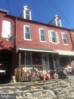 Photo of 849 Lancaster AVENUE, Columbia, PA 17512 (MLS # 1000331588)