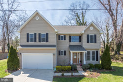 Photo of 10 Cedar STREET, Round Hill, VA 20141 (MLS # 1000409522)