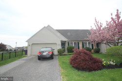 Photo of 4135 Green Park DRIVE, Mount Joy, PA 17552 (MLS # 1000470896)