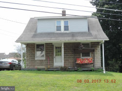 Photo of 340 Oxford ROAD, New Oxford, PA 17350 (MLS # 1000792961)