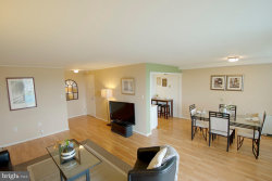 Photo of 10201 Grosvenor PLACE, Unit 1221, North Bethesda, MD 20852 (MLS # 1001541076)